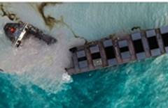 Ship leaking oil off Mauritius breaks apart